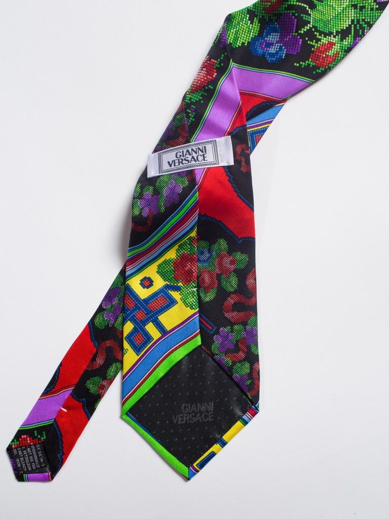 Men's 1990s Mens Gianni Versace Chinese Floral Silk Tie For Sale
