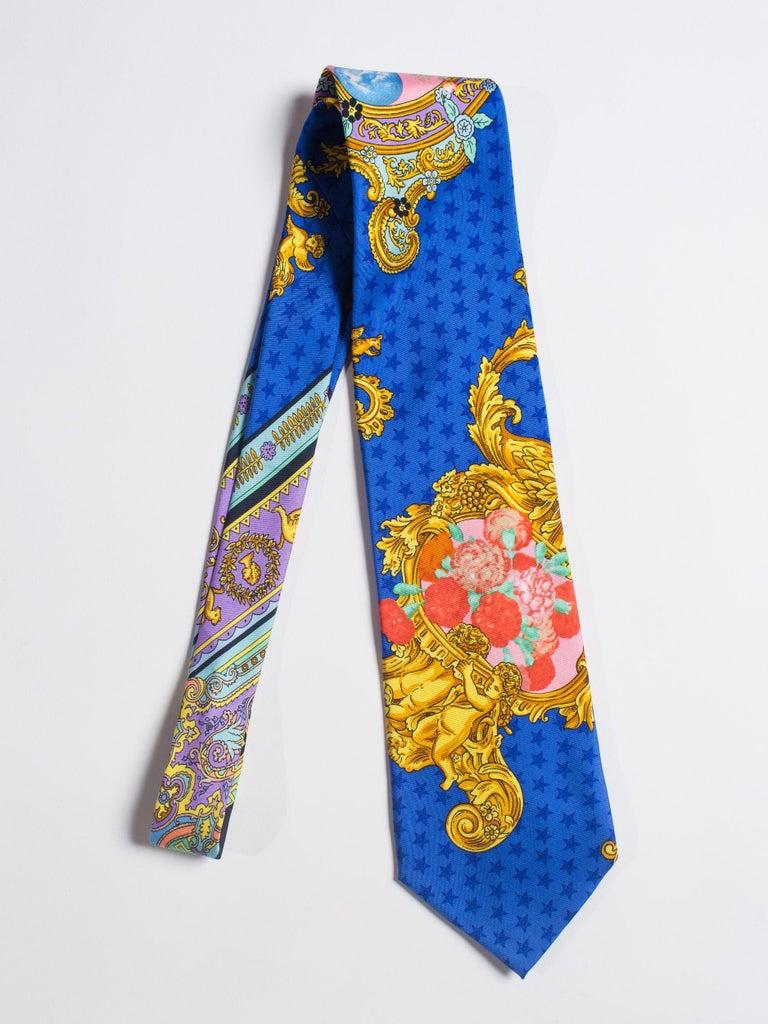 1990s Gianni Versace Baroque Floral & Blue Dot Mens Silk Tie For Sale 3
