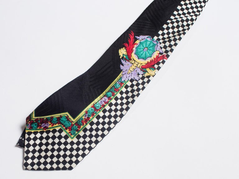 Early 1990s Gianni Versace Op-Art Baroque Silk Tie In Excellent Condition For Sale In New York, NY