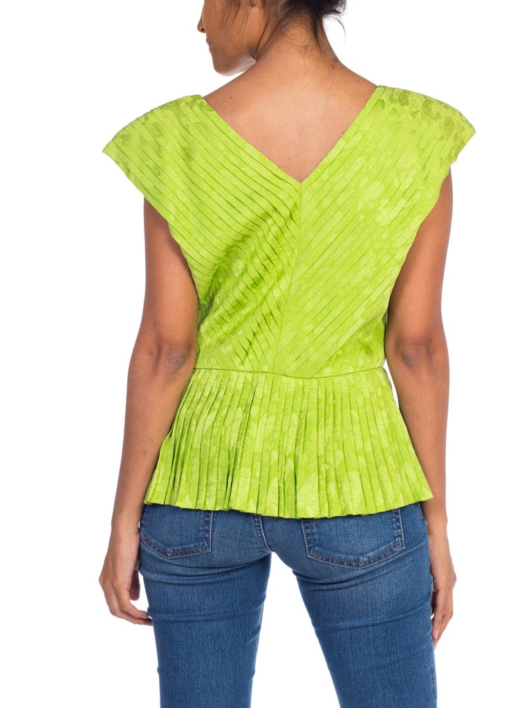 1970s Lanvin Couture Pleated Green Silk Blouse  For Sale 3