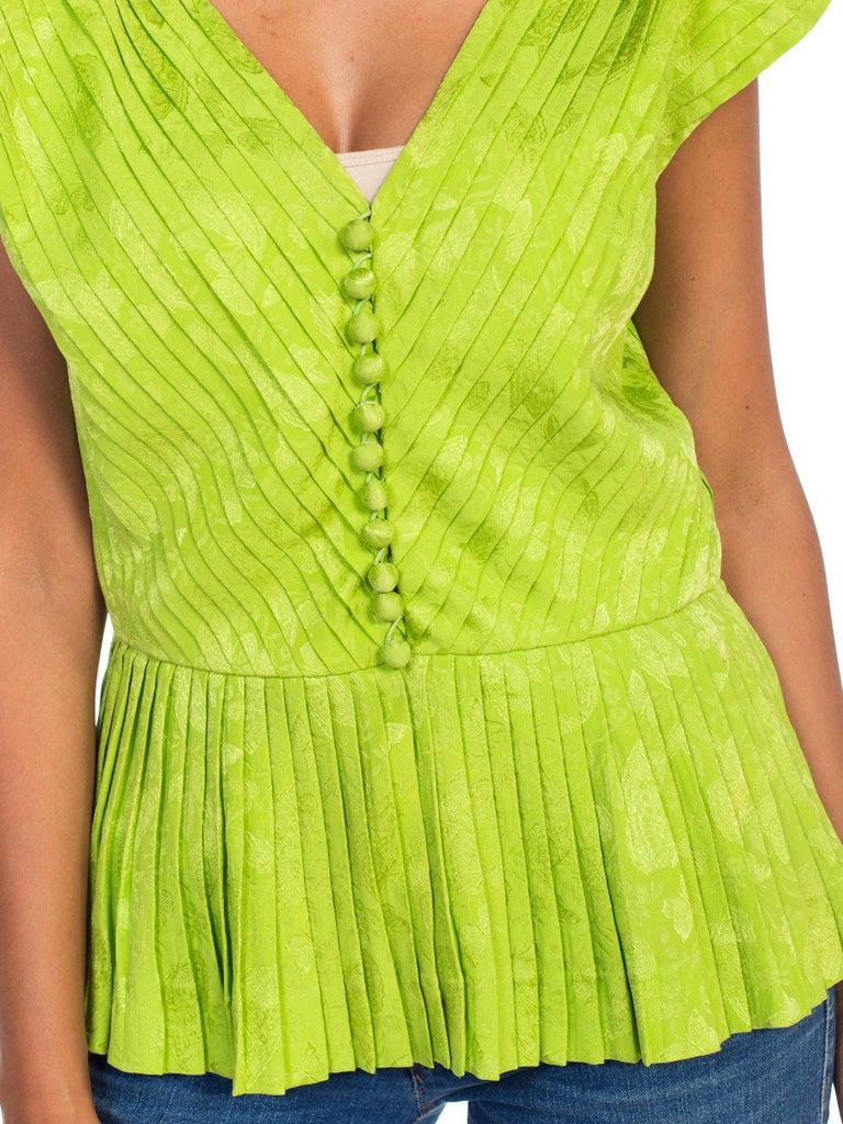 1970s Lanvin Couture Pleated Green Silk Blouse  For Sale 6