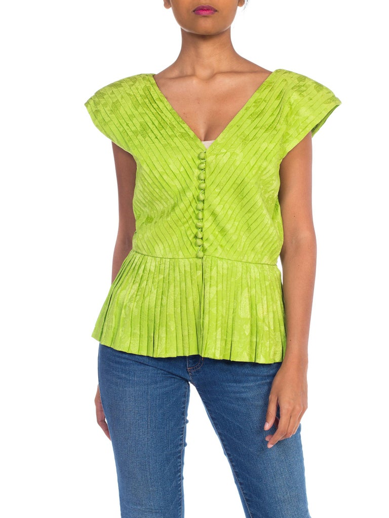 1970s Lanvin Couture Pleated Green Silk Blouse  For Sale 9