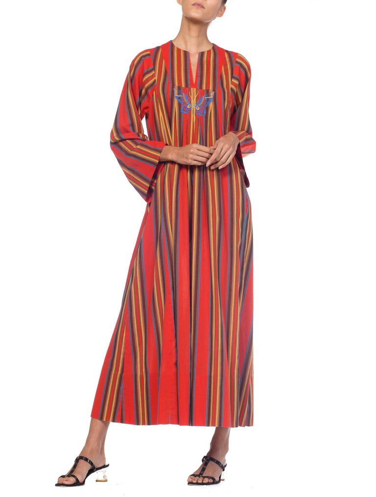 Women's 1970s Kaftan Dress With Embroidered Butterfly For Sale
