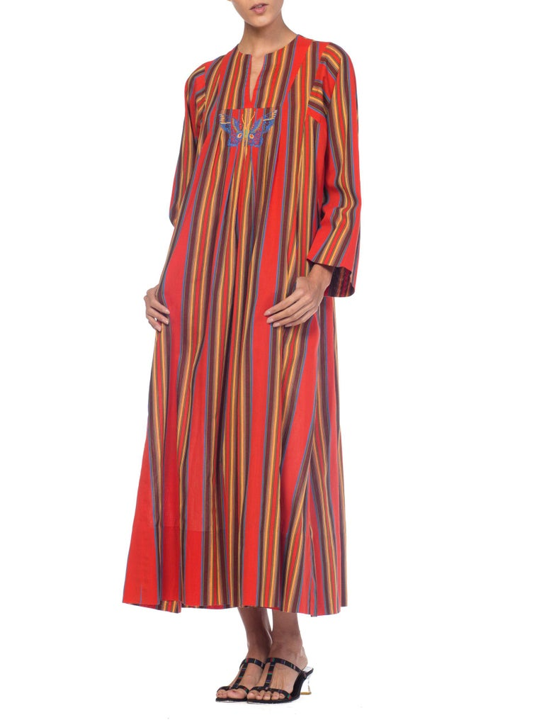 1970s Kaftan Dress With Embroidered Butterfly For Sale 1