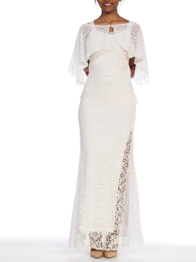 Backless 1930s White Lace Gown with Lace Caplet and Victorian Lace Detail For Sale 2