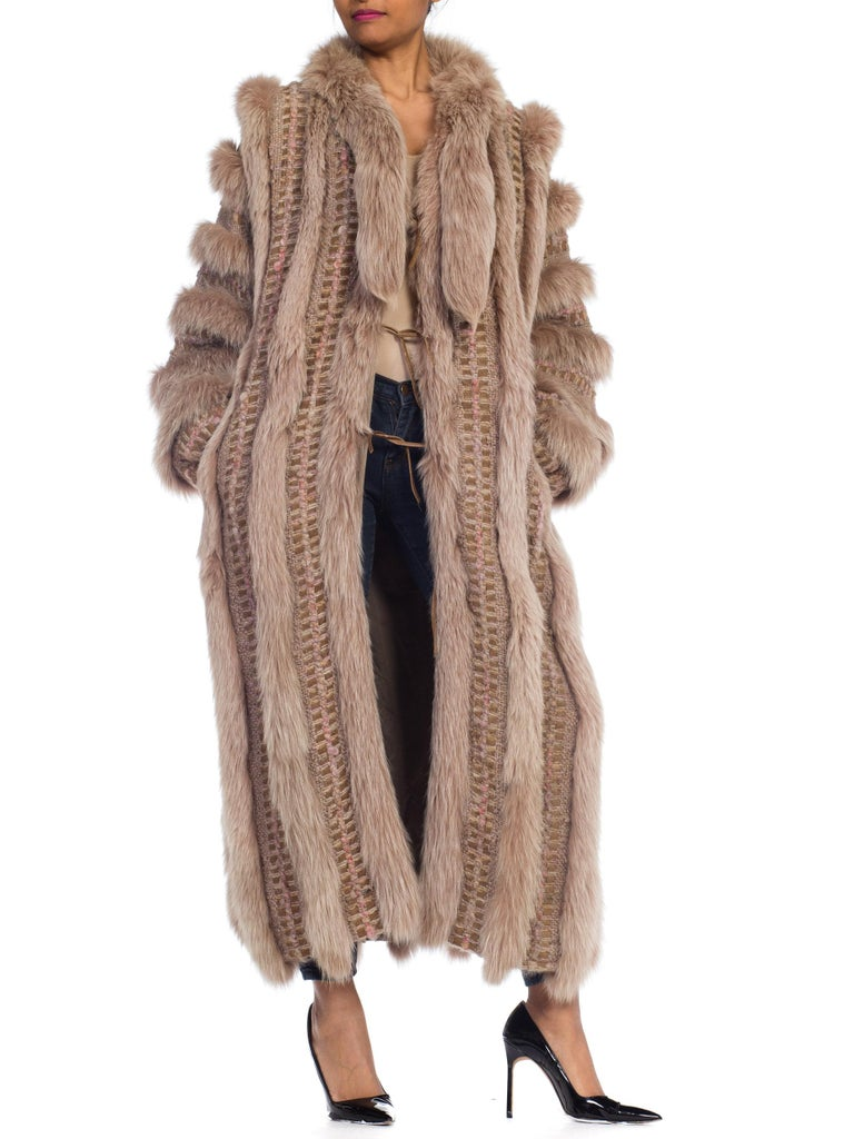 Wild Oversized Fox Fur & Knit Coat In Excellent Condition For Sale In New York, NY