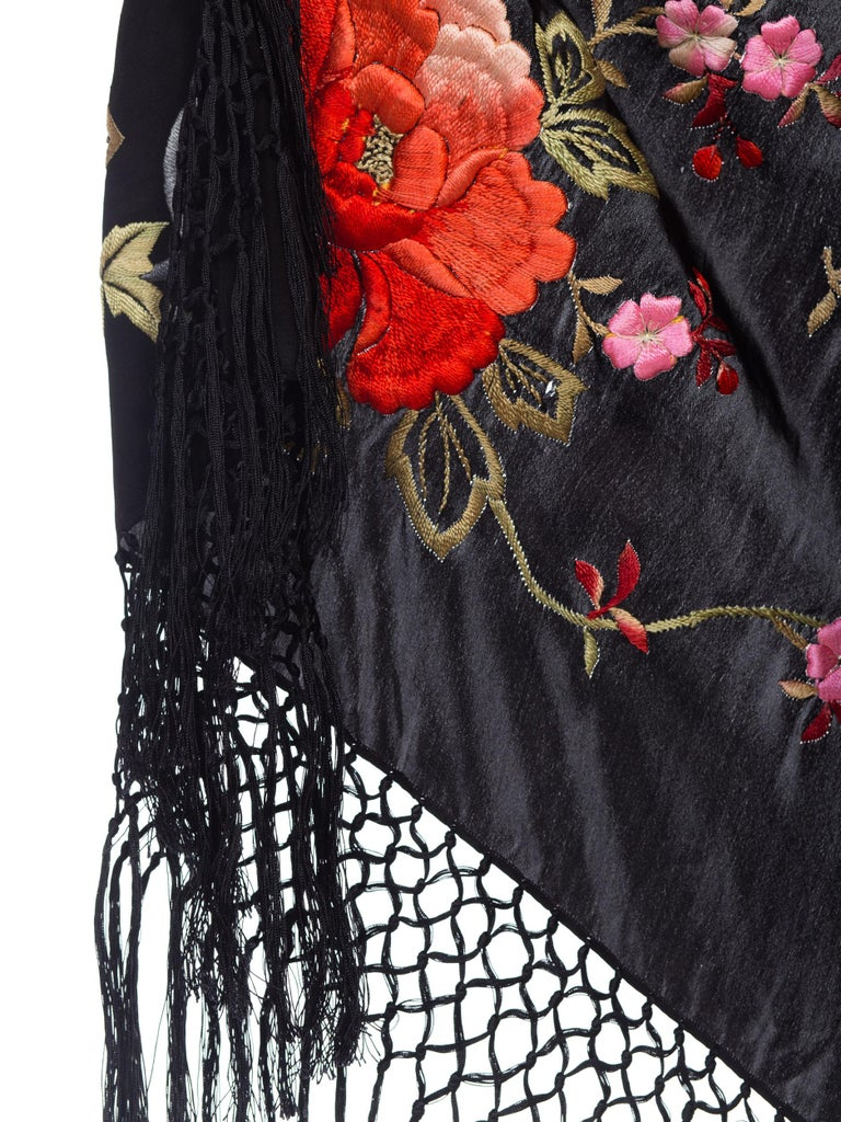 Bias Cut Backless Gown In Hand Embroidered 1920s Silk With Fringe & Coral Beads For Sale 5