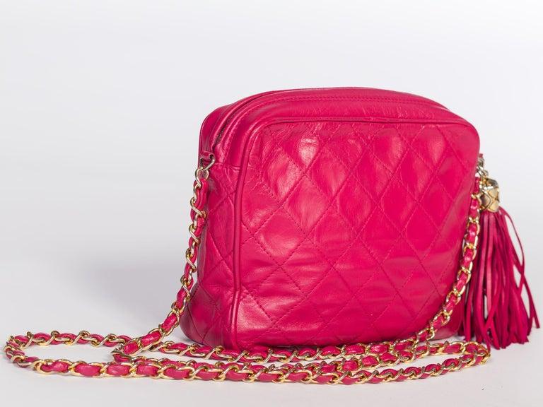 Hot Pink 1980er Jahre, Chanel Handtasche mit Quasten 4