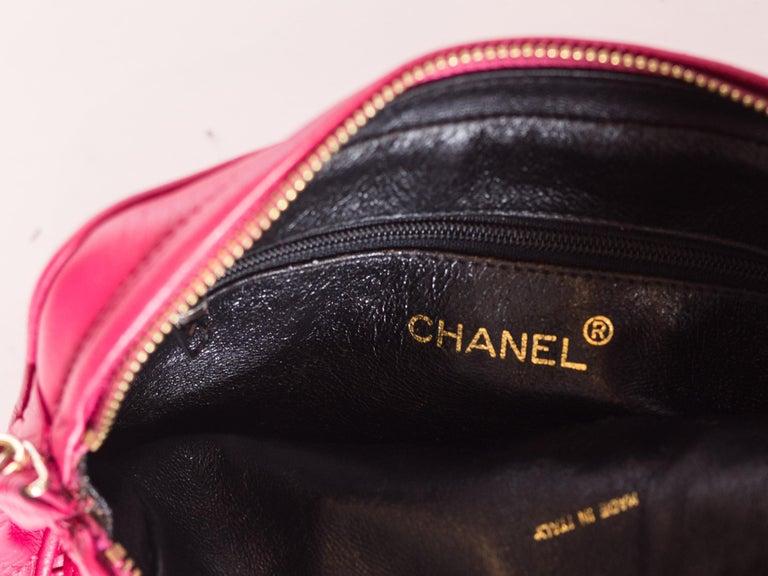 Hot Pink 1980er Jahre, Chanel Handtasche mit Quasten 5