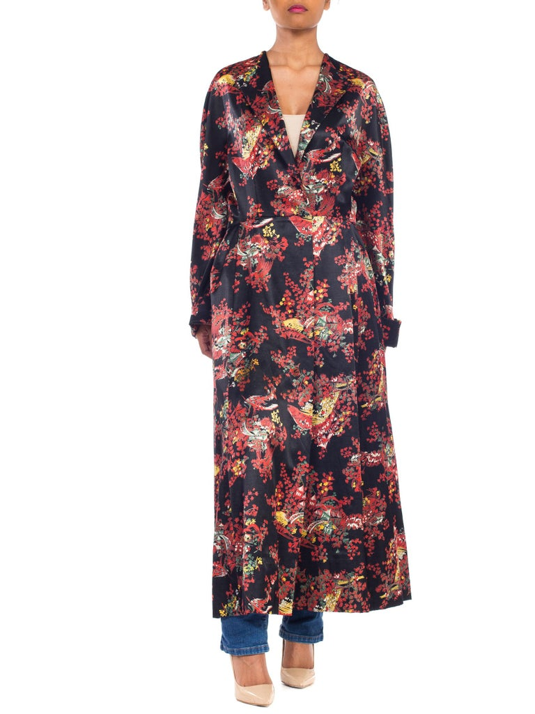 Women's 1940S Black Asian Cotton / Rayon Satin Faced Flannel Duster Robe For Sale
