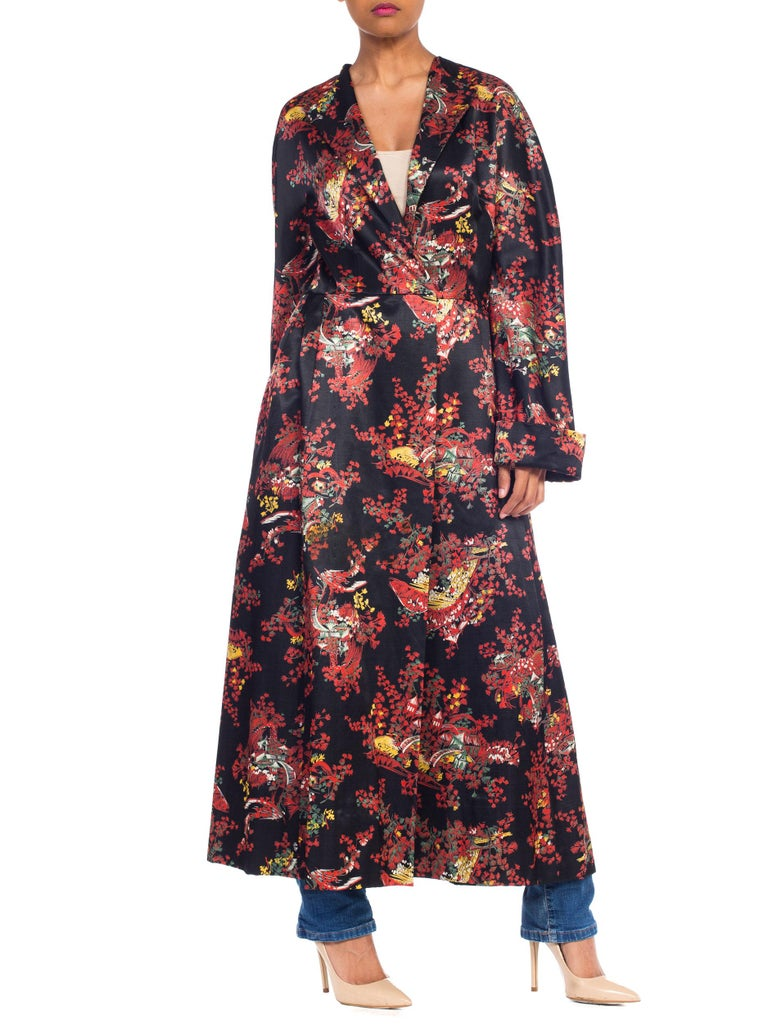 1940S Black Asian Cotton / Rayon Satin Faced Flannel Duster Robe For Sale 1