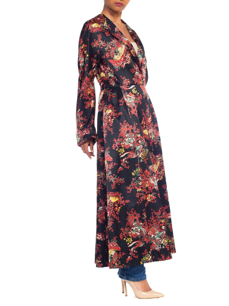 1940S Black Asian Cotton / Rayon Satin Faced Flannel Duster Robe For Sale 2