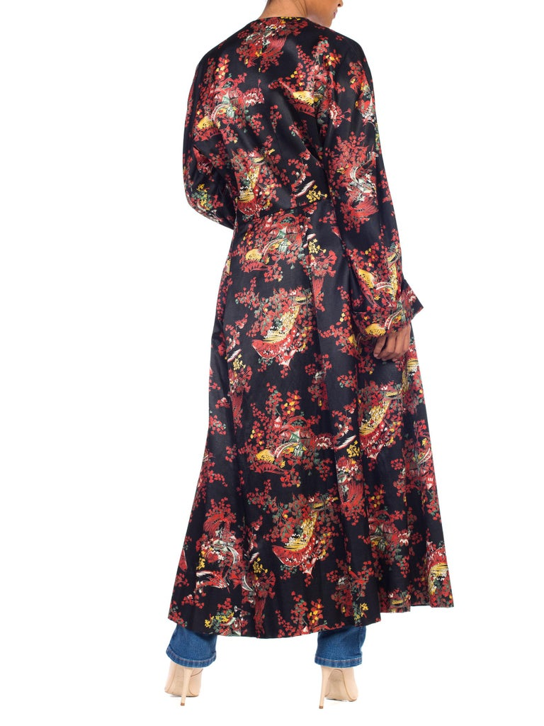 1940S Black Asian Cotton / Rayon Satin Faced Flannel Duster Robe For Sale 5