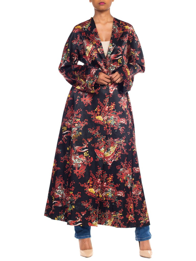 1940S Black Asian Cotton / Rayon Satin Faced Flannel Duster Robe For Sale 9