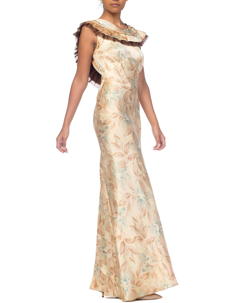 1930s Bias Cut Floral Satin Gown With Silk Ruffles  In Good Condition For Sale In New York, NY