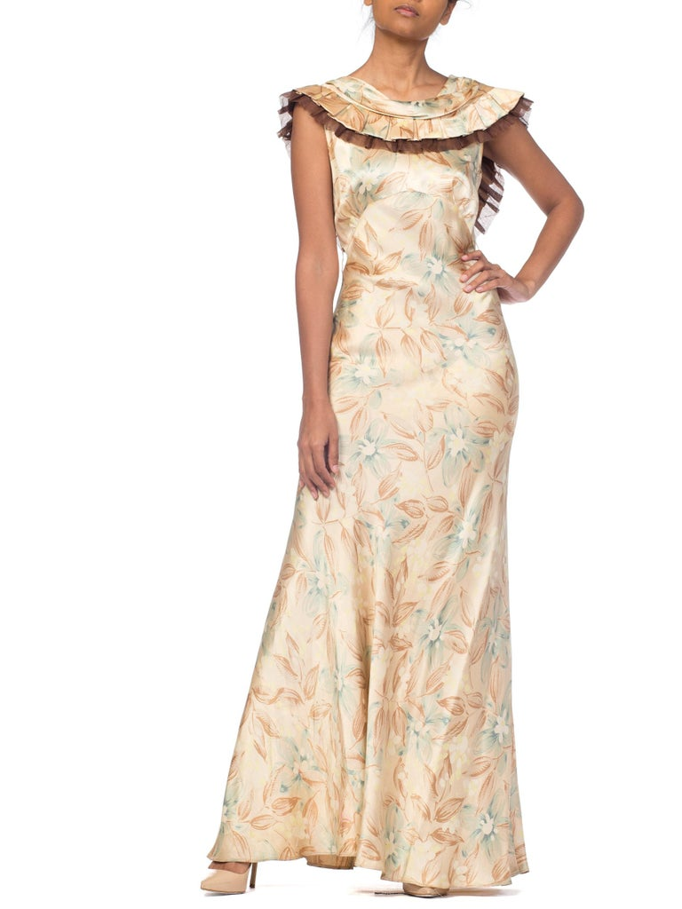 1930s Bias Cut Floral Satin Gown With Silk Ruffles  For Sale 7