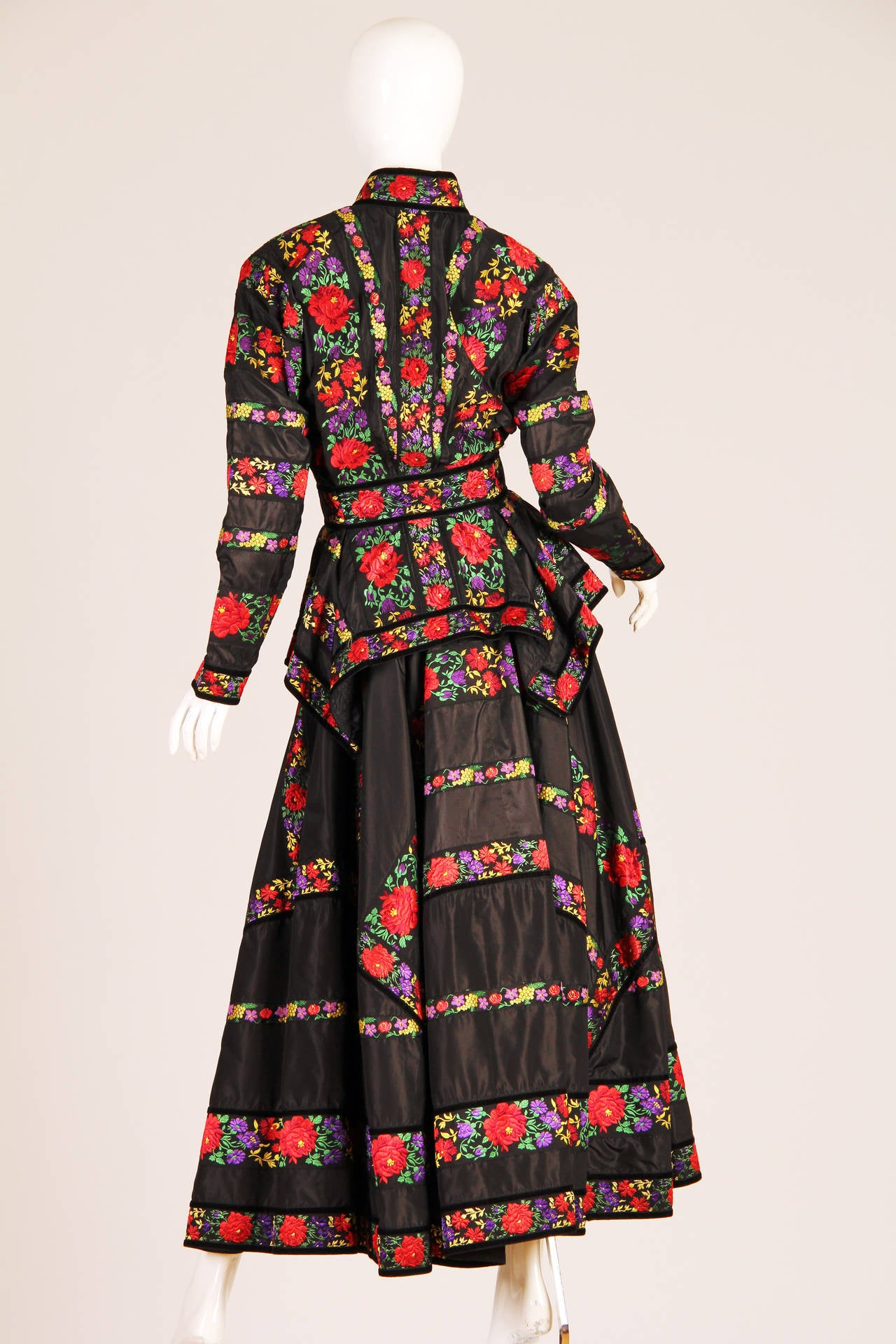 Folkloric Embroidery Boho Inspired Silk Ensemble From Kenzo Gucci style  3