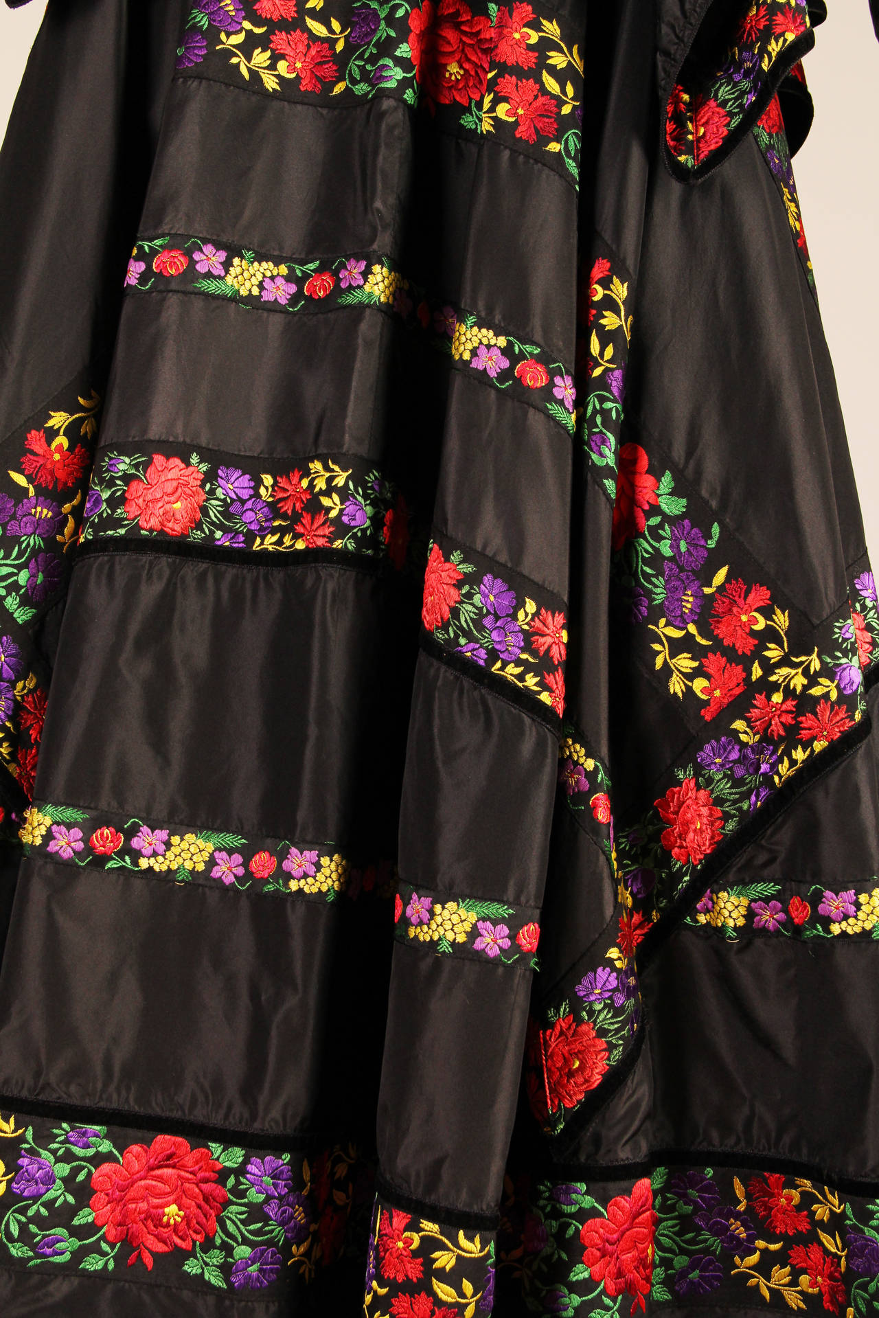 Folkloric Embroidery Boho Inspired Silk Ensemble From Kenzo Gucci style  5