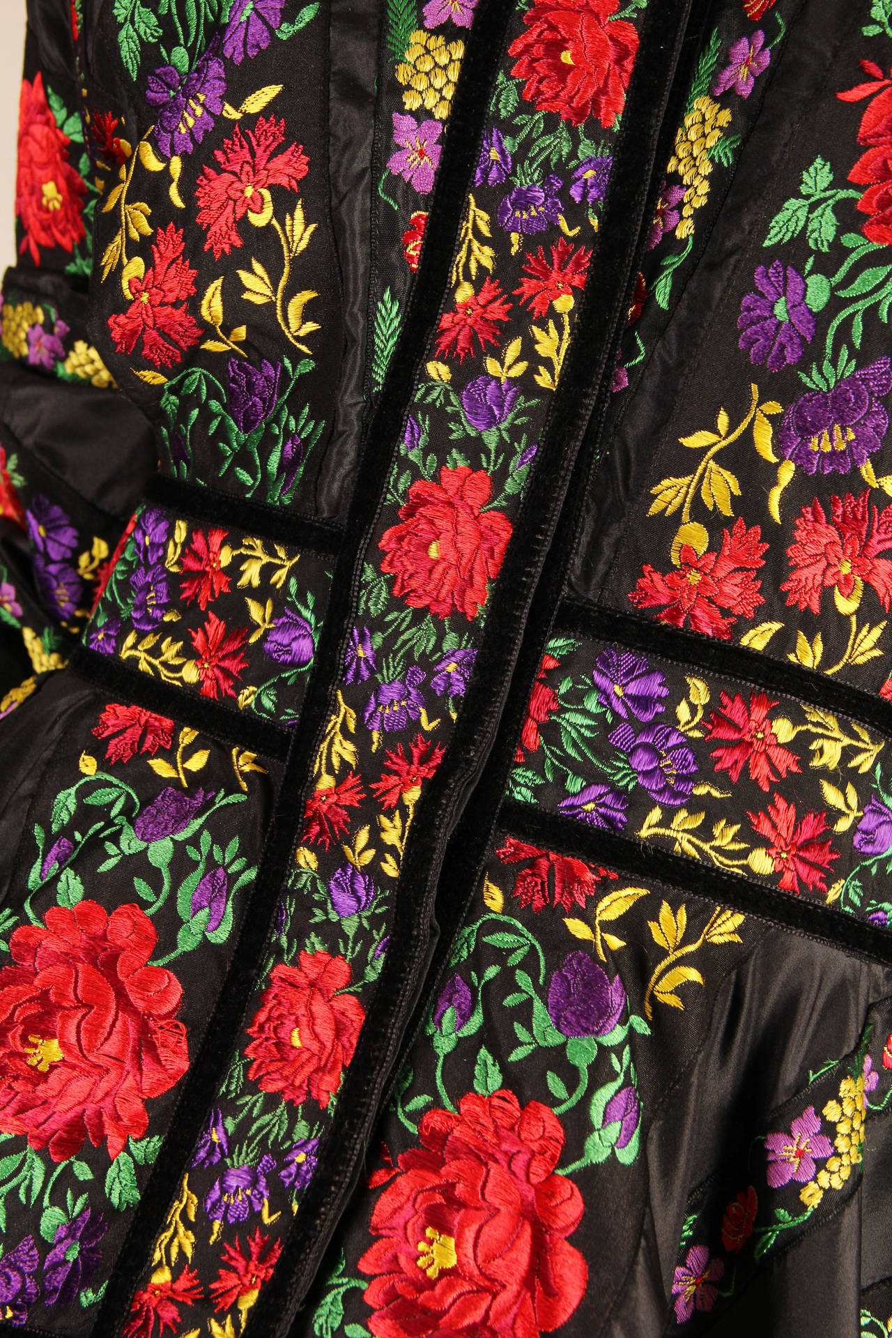 Folkloric Embroidery Boho Inspired Silk Ensemble From Kenzo Gucci style  7