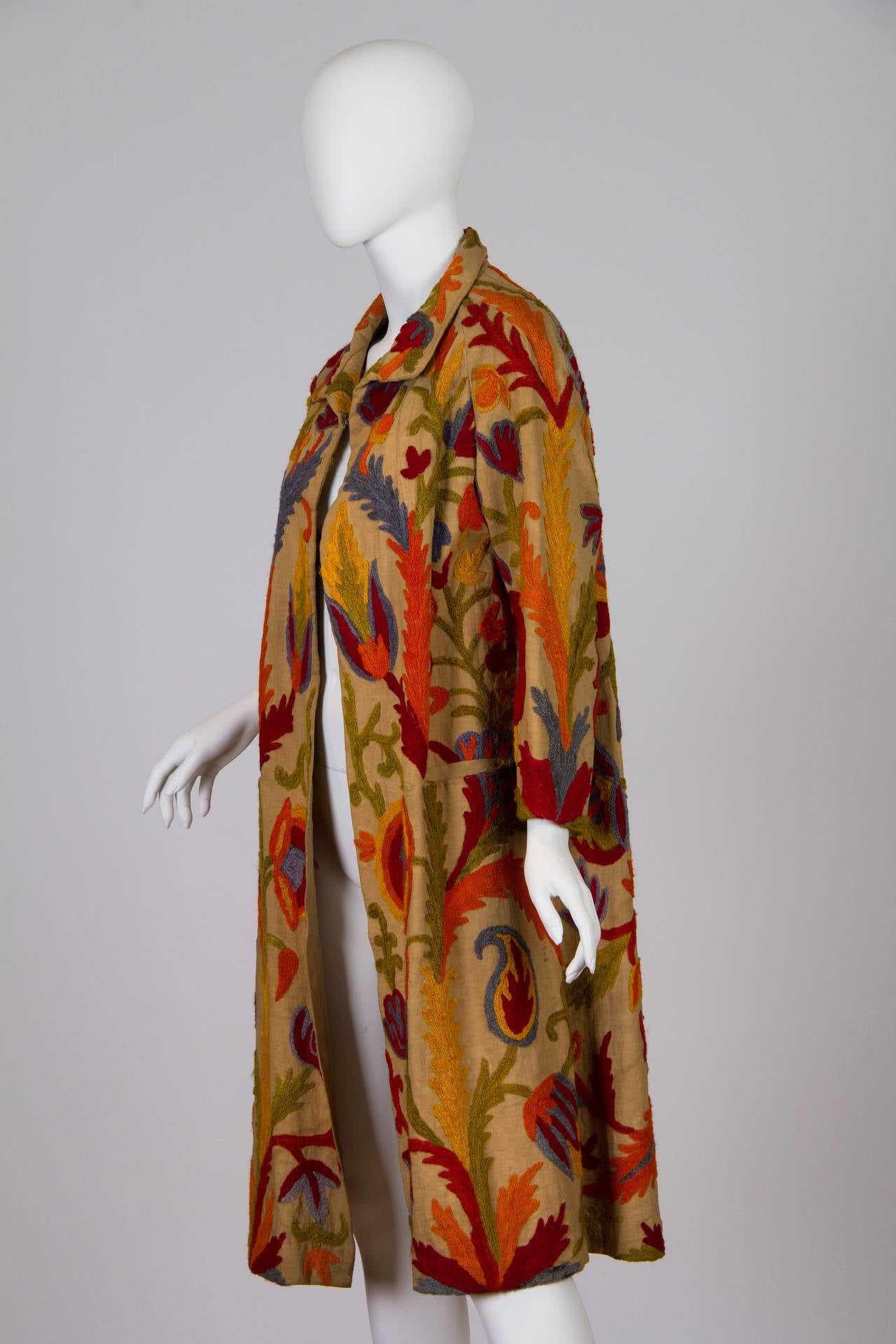 1920s Wool on Cotton Indian Crewl Embroidered Coat 2
