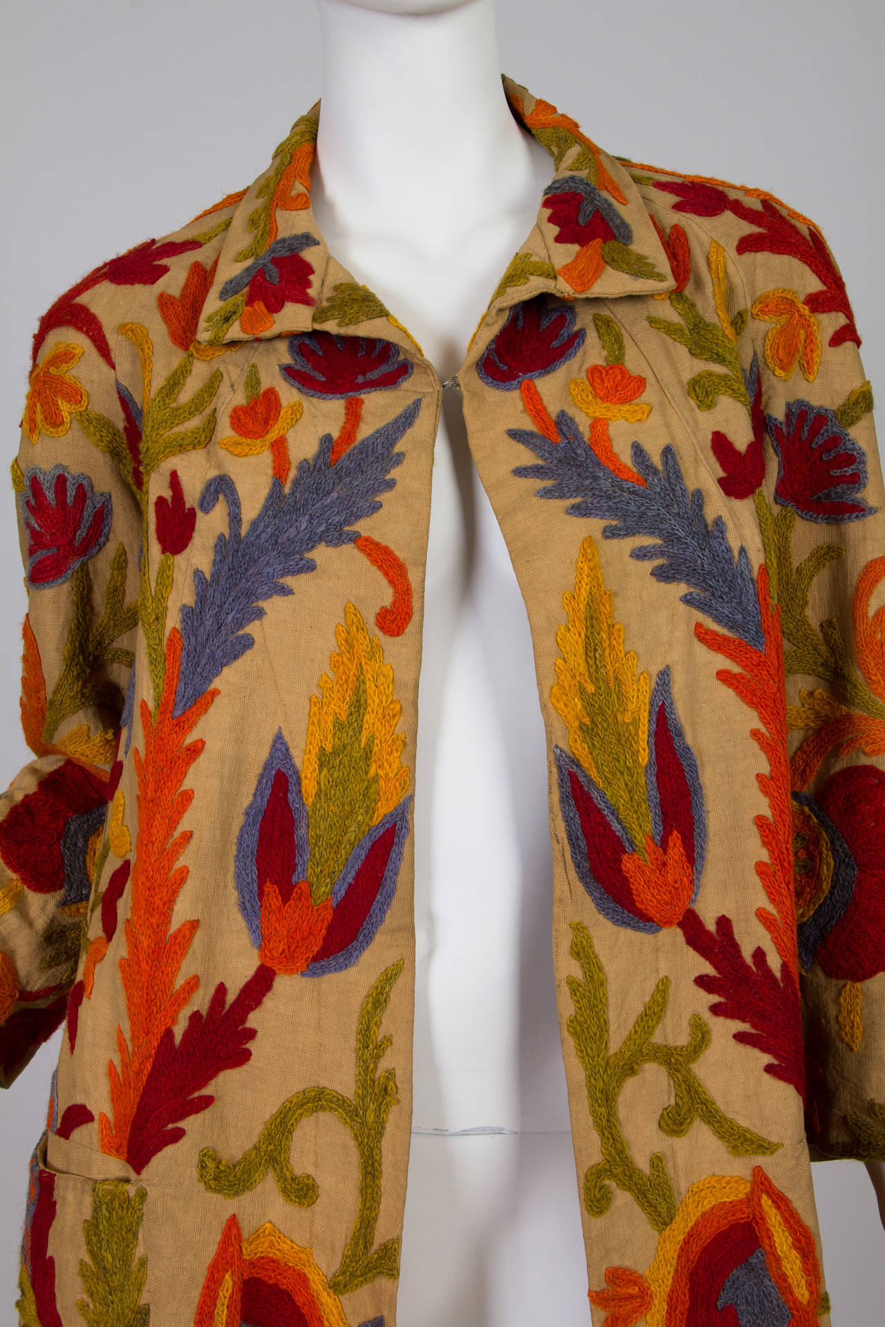 1920s Wool on Cotton Indian Crewl Embroidered Coat 5