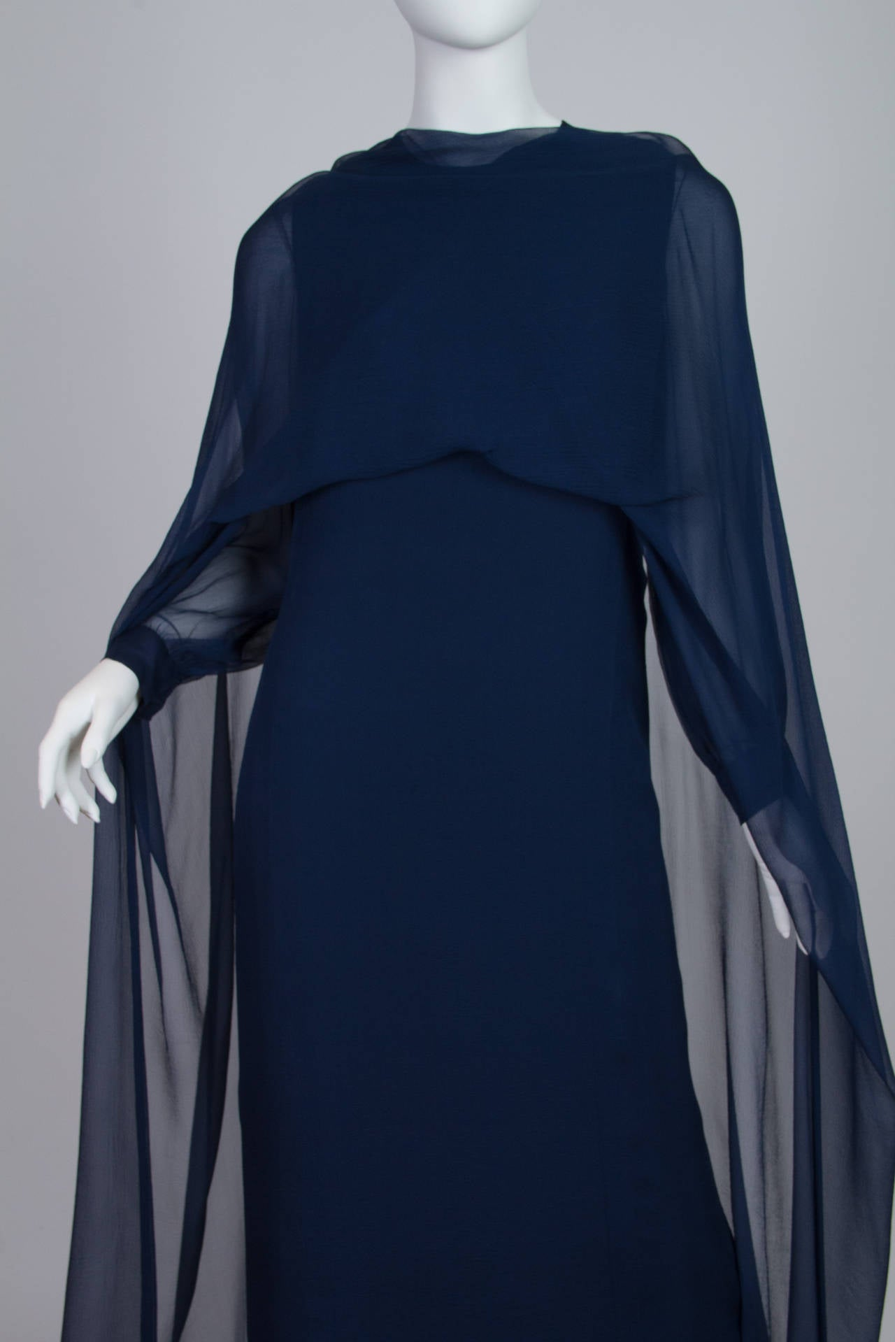 1960s Balmain Haute Couture Gown For Sale 3