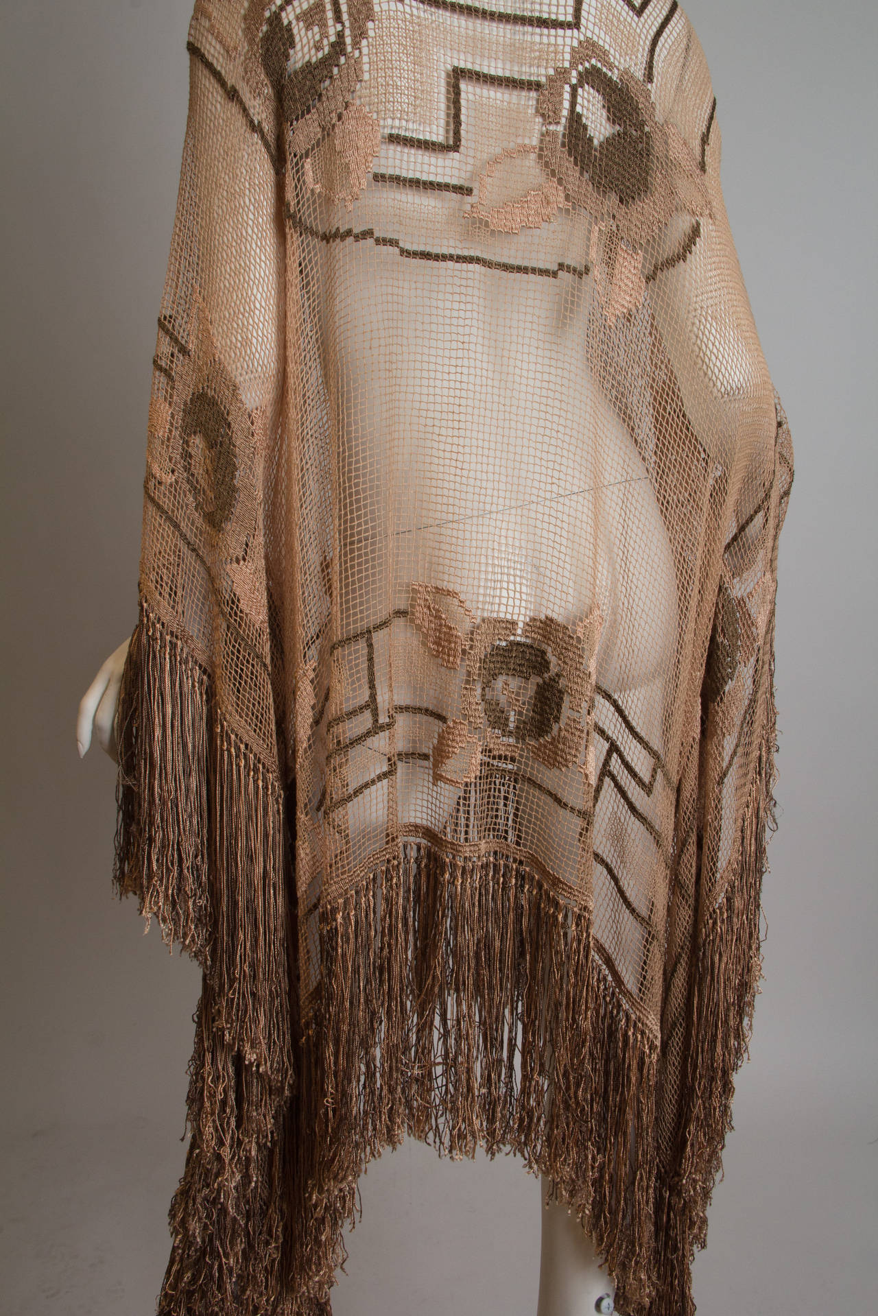 Women's 1920s Handmade Filet Lace Boho Fringed Tunic For Sale