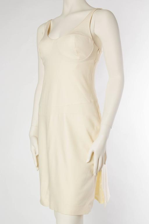 Women's Gianni Versace Versus Stretch Cream Underwire Dress with Slit For Sale