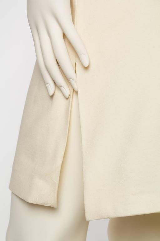 Gianni Versace Versus Stretch Cream Underwire Dress with Slit For Sale 3