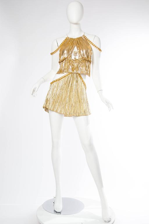 Gold Metal-Mesh and Chain Showgirl Dream Dress In Excellent Condition For Sale In New York, NY