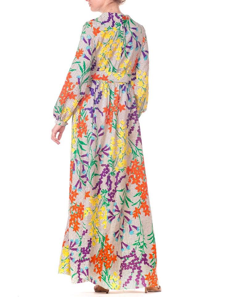25730701eeb 1970s Bergdorf Goodman Gucci Style MOD Floral Print Boho Maxi Dress For Sale  5