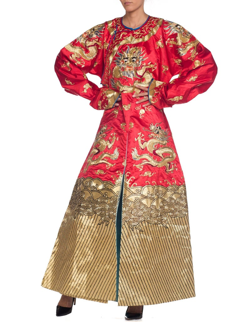 Kimono Style Metallic Golden Dragon Embroidered Red Chinese Opera Robe For Sale 4
