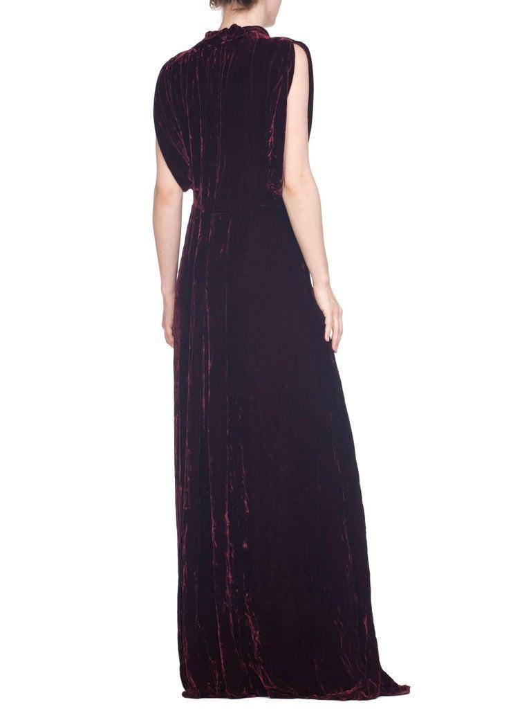 1930S Burgundy Bias Cut Silk Velvet Draped Bodice & Open Sleeve Gown XL For Sale 4