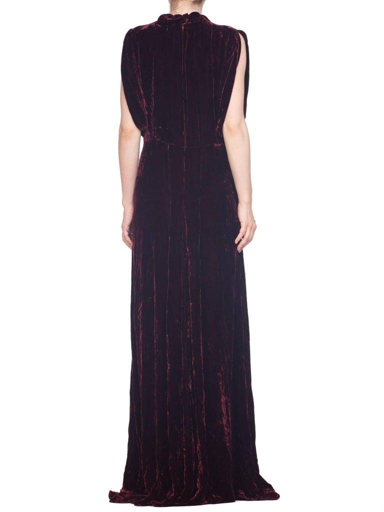 1930S Burgundy Bias Cut Silk Velvet Draped Bodice & Open Sleeve Gown XL For Sale 5