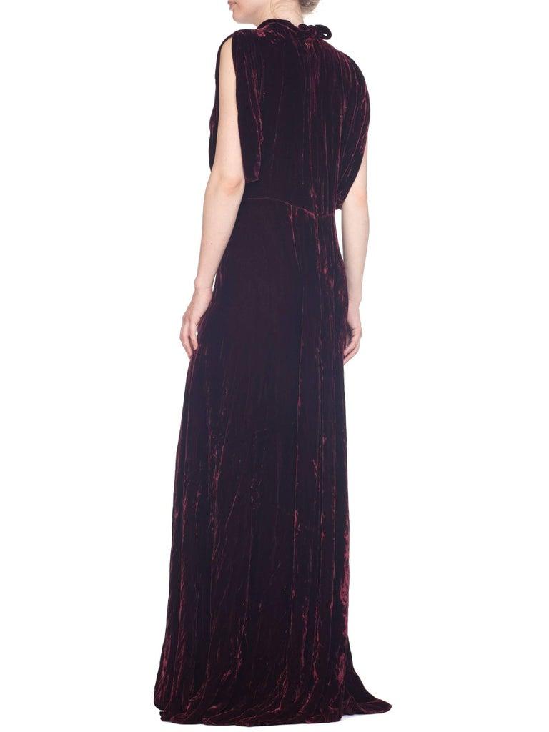 1930S Burgundy Bias Cut Silk Velvet Draped Bodice & Open Sleeve Gown XL For Sale 6