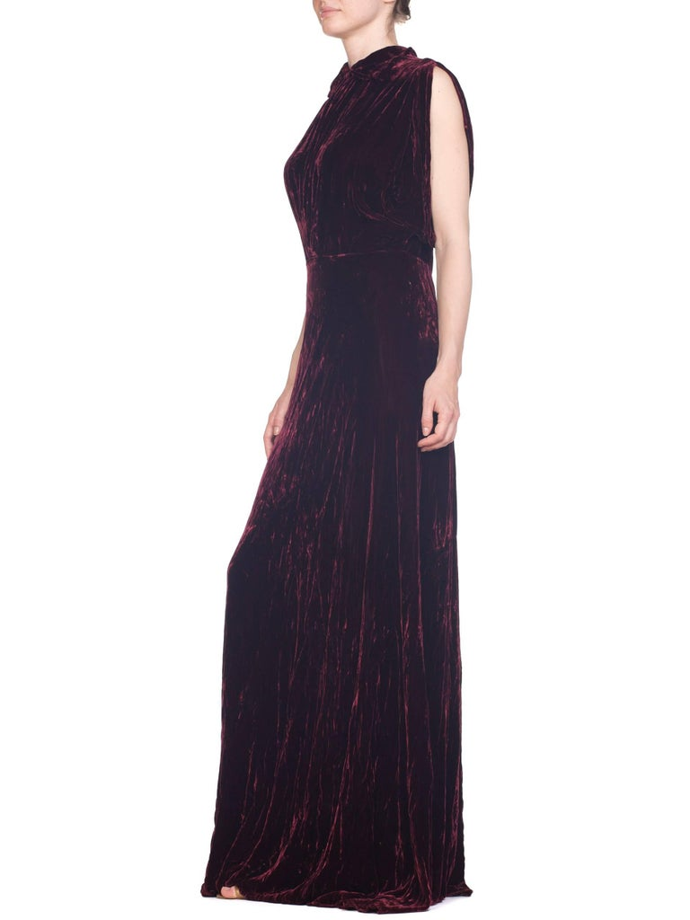 1930S Burgundy Bias Cut Silk Velvet Draped Bodice & Open Sleeve Gown XL For Sale 7