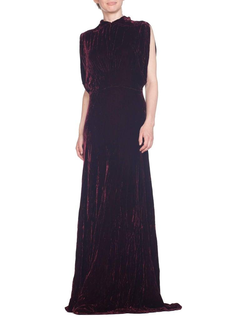 1930S Burgundy Bias Cut Silk Velvet Draped Bodice & Open Sleeve Gown XL For Sale 8
