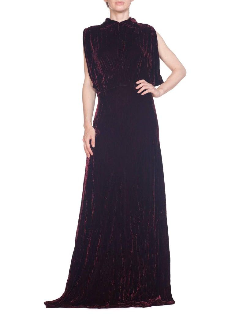 1930S Burgundy Bias Cut Silk Velvet Draped Bodice & Open Sleeve Gown XL For Sale 9