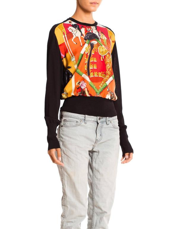 Hermès Matador Scarf Print Pullover In Excellent Condition For Sale In New York, NY