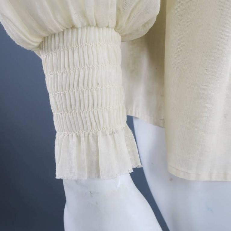 OSCAR DE LA RENTA 8 Beige Linen Sequin Shoulder Bishop Sleeve Wrap Blouse For Sale 2