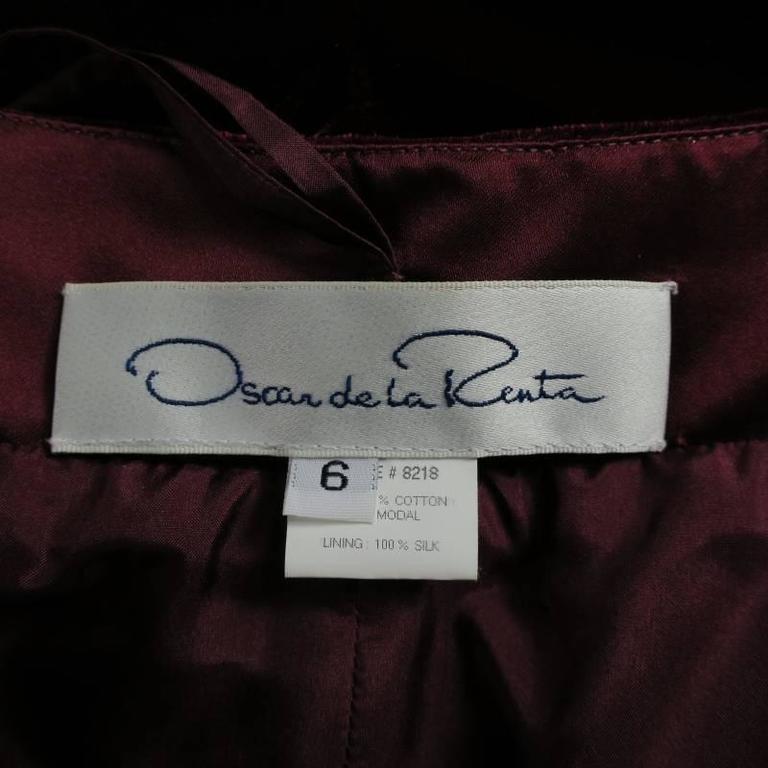 OSCAR DE LA RENTA Size 6 Burgundy Velvet High Rise Dress Pants For Sale 1