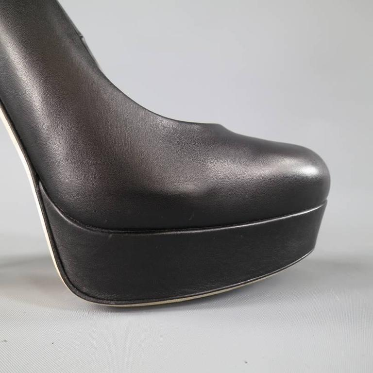 GUCCI Size 7.5 Black LeatherThick Heel -Helena- Platform Pumps For Sale 2