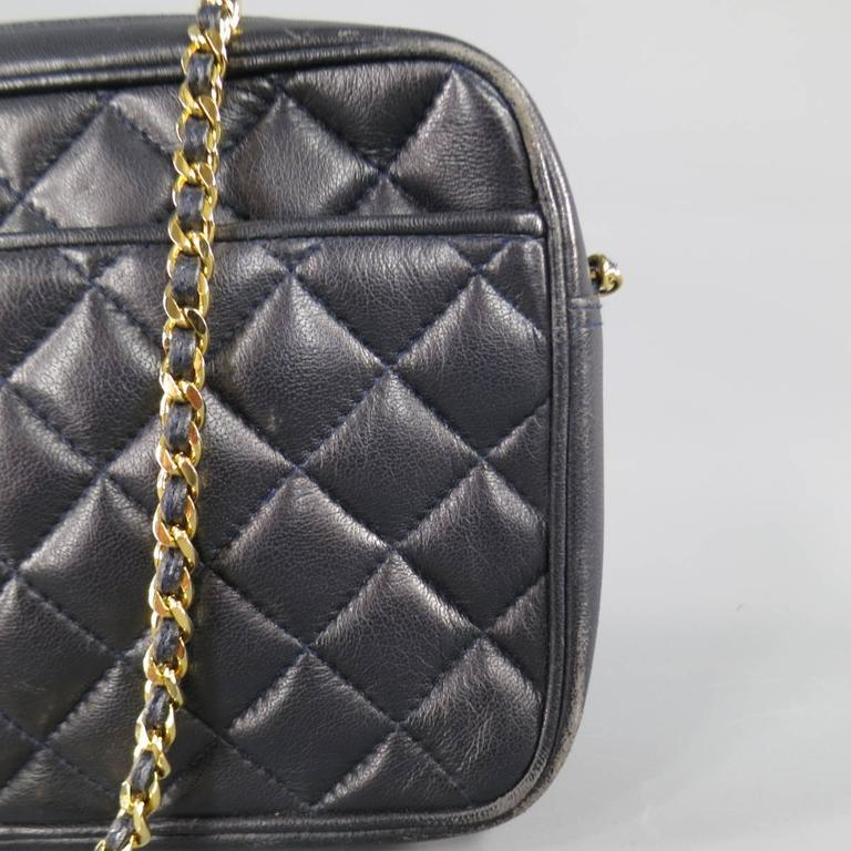 Vintage GIVENCHY Navy Quilted Leather Gold Chain Strap Cross Body Handbag In Excellent Condition In San Francisco, CA