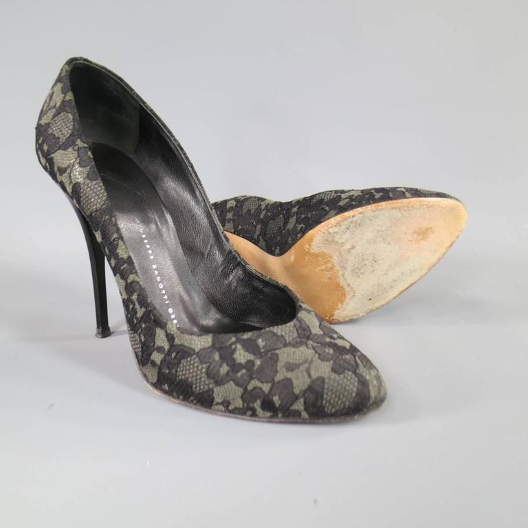 Women's Giuseppe Zanotti Grey Black Lace Pumps, Size 7.5  For Sale