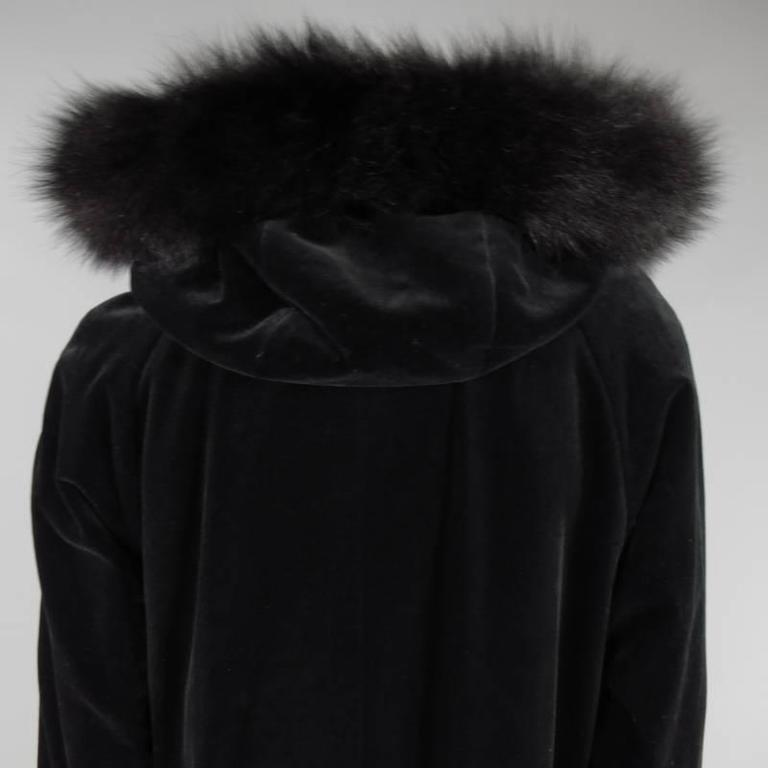 Vintage Burberry Size 8 Black Velvet Fox Fur Trim Hooded