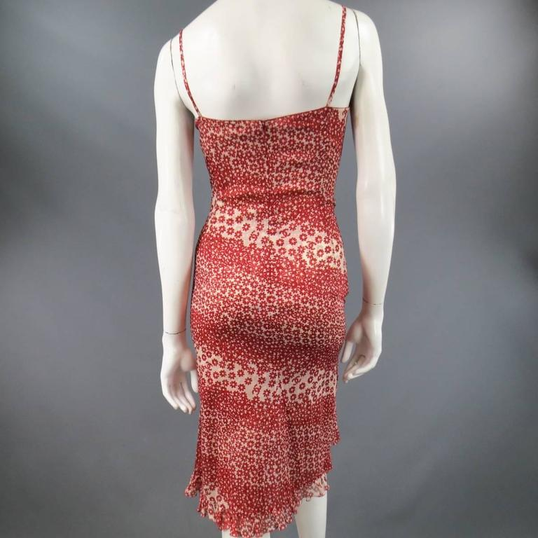 CHANEL Size 10 Red & Beige Floral Cotton Ruffled Hem Slip Dress Spring 2003 For Sale 1