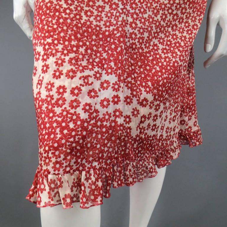 CHANEL Size 10 Red & Beige Floral Cotton Ruffled Hem Slip Dress Spring 2003 In Excellent Condition For Sale In San Francisco, CA