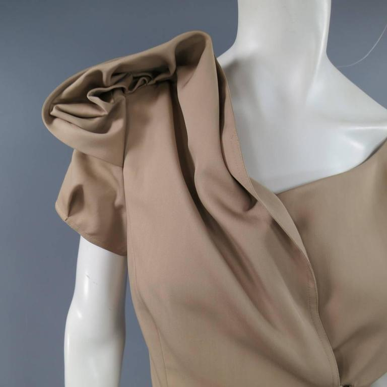 Oscar de la Renta Beige Wool and Silk Dress - Size US 6 In Excellent Condition For Sale In San Francisco, CA