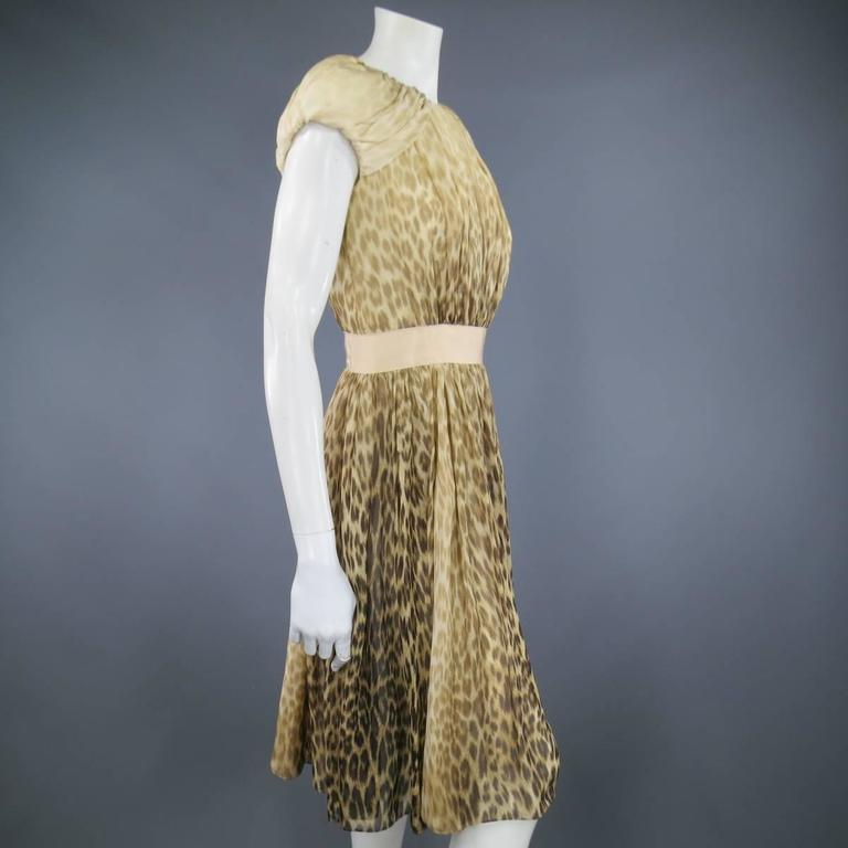 Giambattista Valli Couture Size 6 Beige and Brown Leopard Draped Silk Dress For Sale 2