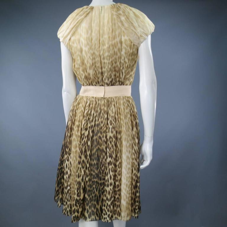 Giambattista Valli Couture Size 6 Beige and Brown Leopard Draped Silk Dress For Sale 5